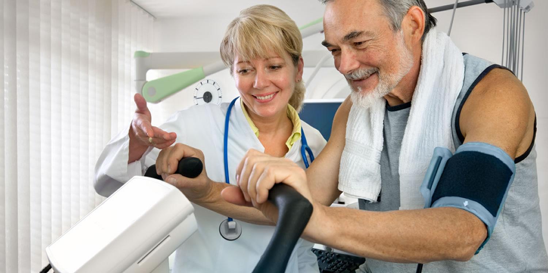 Ejercicio en pacientes hospitalizados de edad avanzada