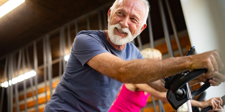 Efectos de la actividad física moderada-vigorosa sobre la fatiga en pacientes con cáncer colorrectal