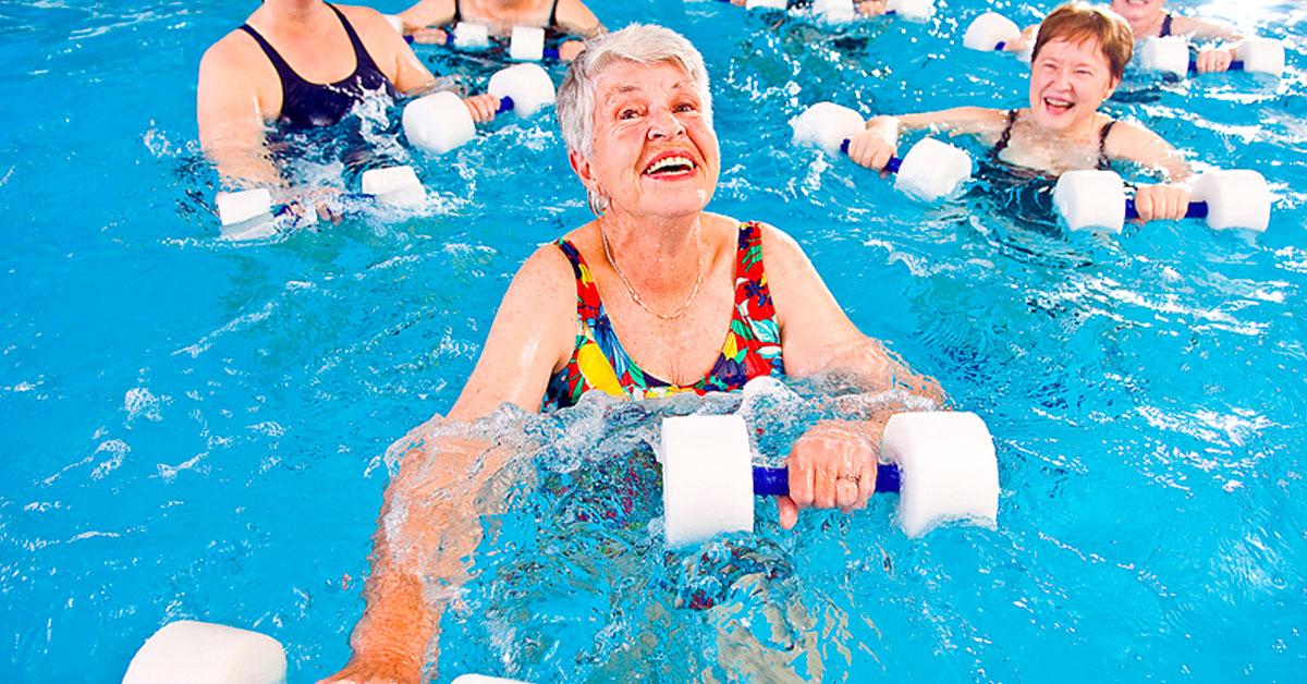Efectos-del-ejercicio-acuático-sobre-el-equilibrio-dinámico-en-personas-de-edad-avanzada
