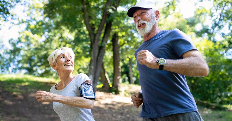 Efectos del envejecimiento y realización de ejercicio aeróbico a lo largo de la vida sobre la inflamación basal e inducida por el ejercicio