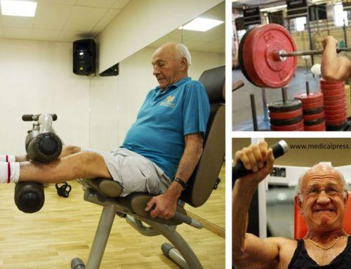 El aumento del tamaño de las fibras musculares con entrenamiento de fuerza es dependiente de la edad